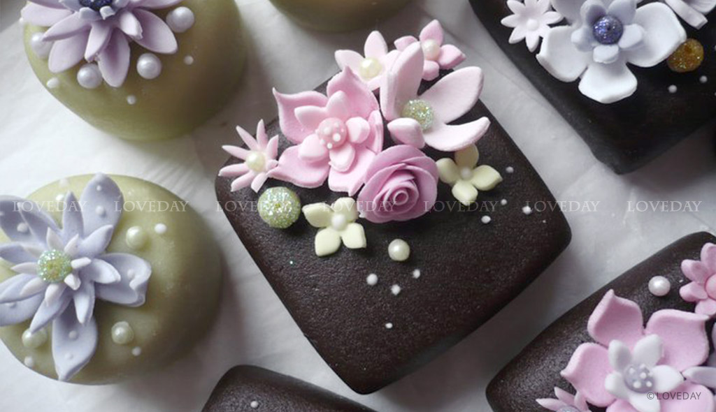 Bon bon fiori cioccolato - sugar art Eventi by Loveday